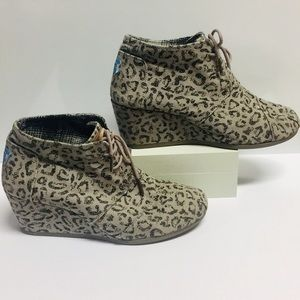 Toms Leopard 🐆 Prints Dessert Wedge (9.5)